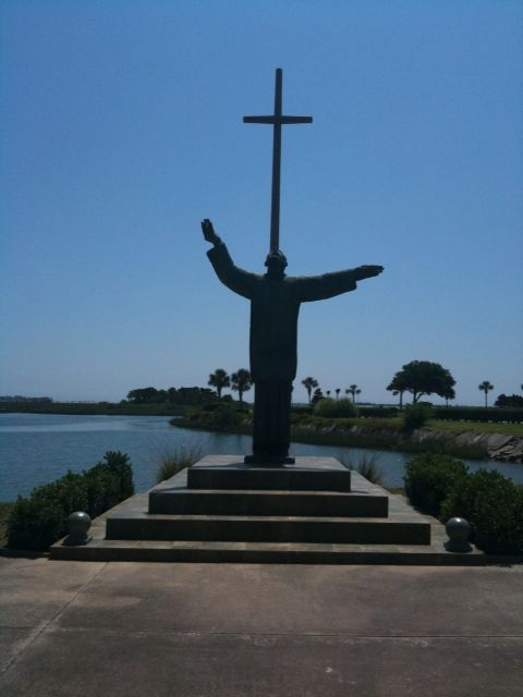 Father Francisco López and the Great Cross